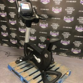 Life Fitness Discover SI Elevation Series Upright Bike – LATEST MODEL