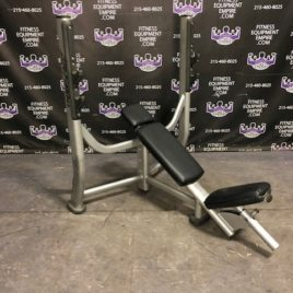 Life Fitness Signature Series Olympic Incline Bench Press