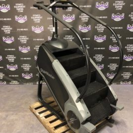 StairMaster SM5 Gauntlet Stepmill w/TS1 Touch Screen